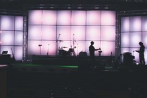 stage with instruments - light screen - band members