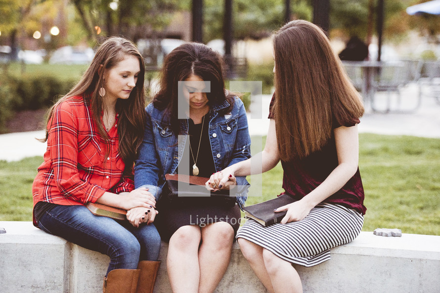 group Bible study using cellphones