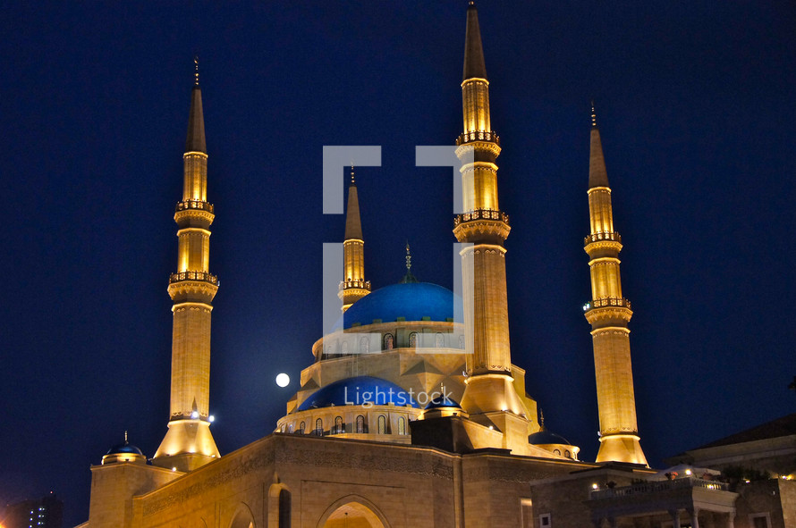 Central Mosque. Minaret, sunset, moon, worship, muslim, Arab, tower, call.