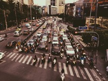 traffic at a busy street light
