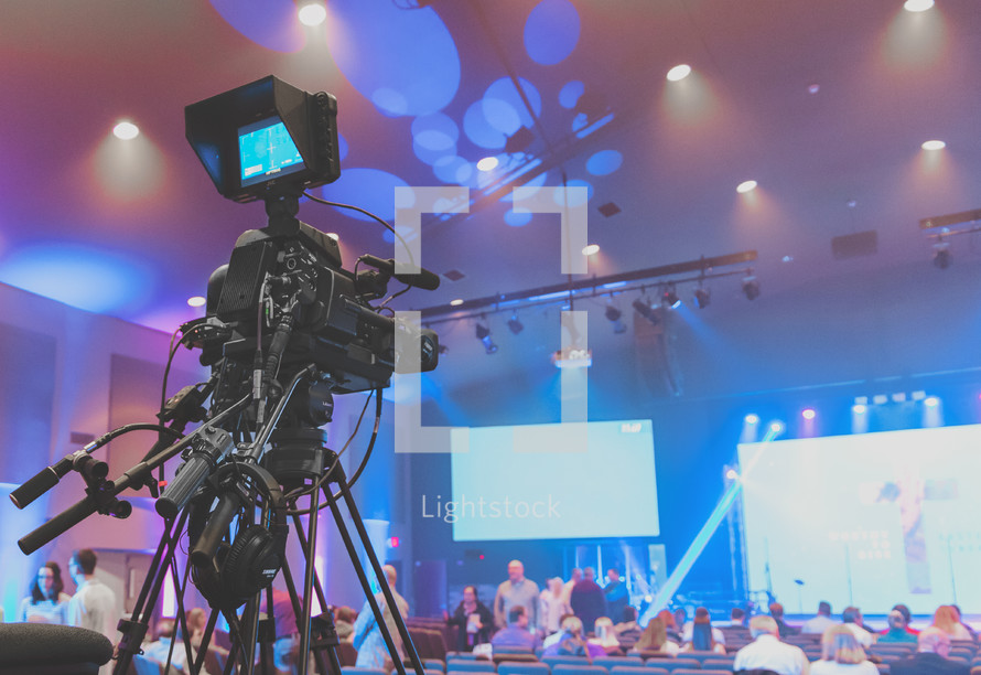 Media team video camera for live streaming of services