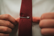 golf club tie clip