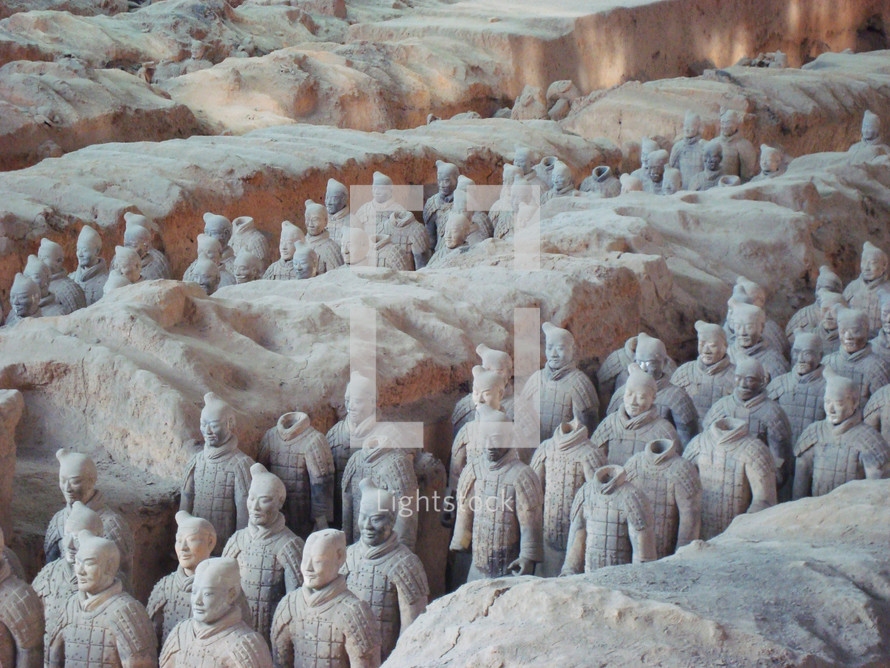 Rows of Chinese terra-cotta stone statues
