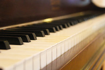 Upright piano keyboard