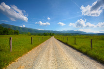 dirt road on rural landscape in Tennessee
