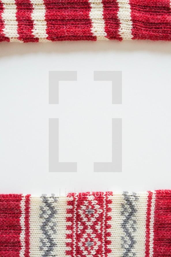 knit scarf border