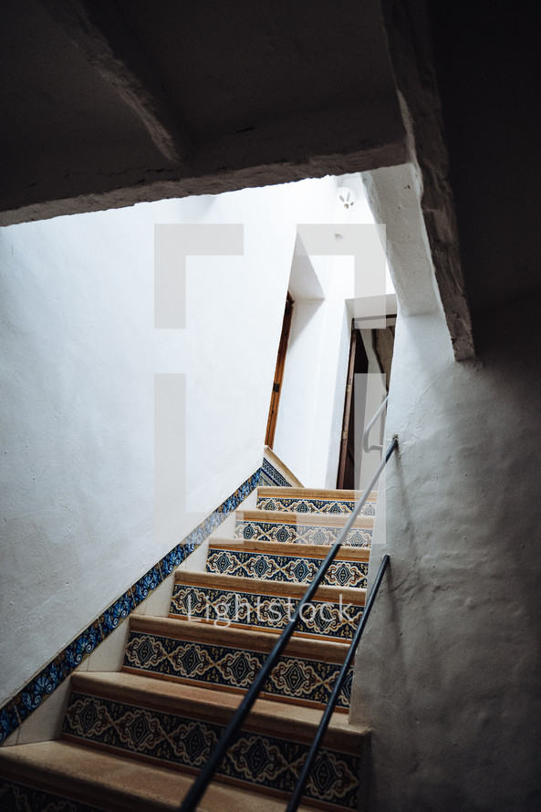 tile on steps