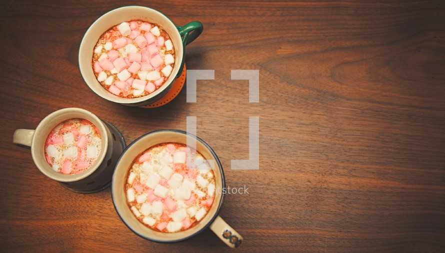 marshmallows in hot chocolate