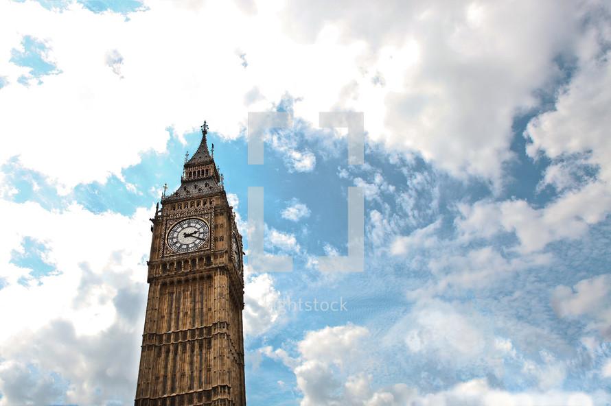 Clock on London bridge