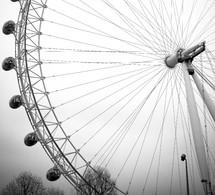 spinning amusement park ride