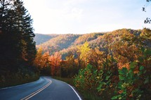 mountain highway at fall