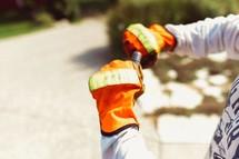 man with work gloves