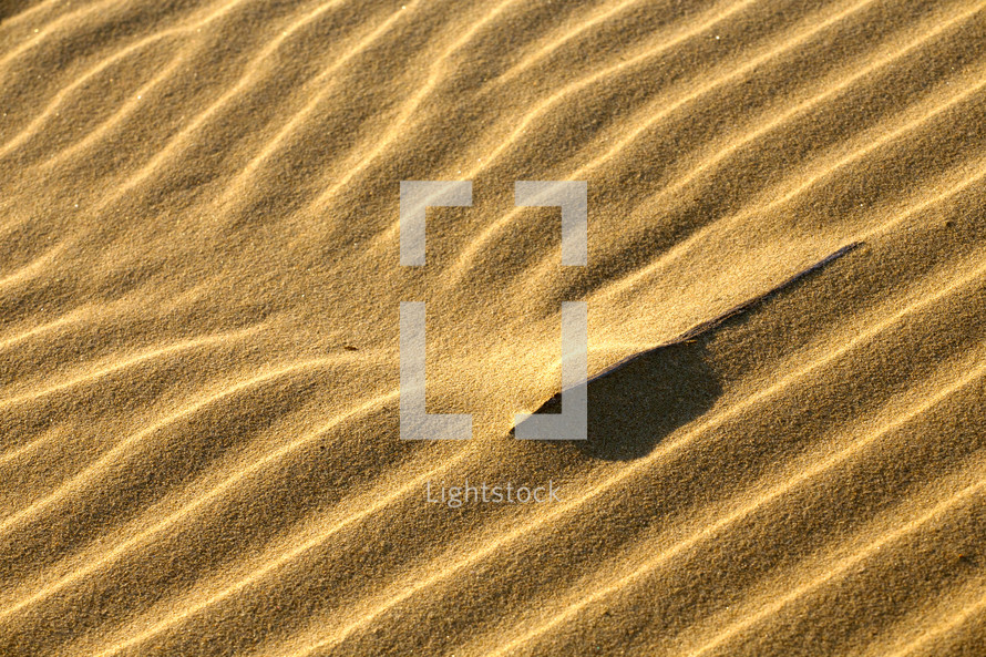 Dune interference -- ripples in the sand.