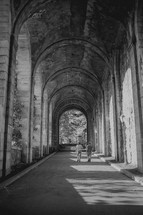 Arched tunnel in NYC
