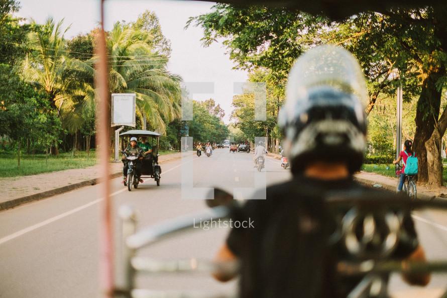 street traffic in Cambodia