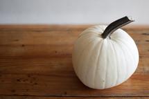 white pumpkin