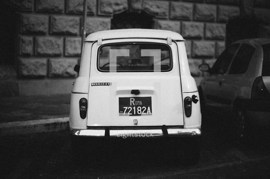 Ulta Roman car