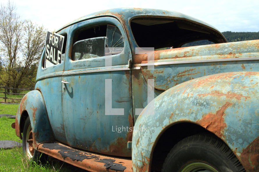 old rusty car for sale