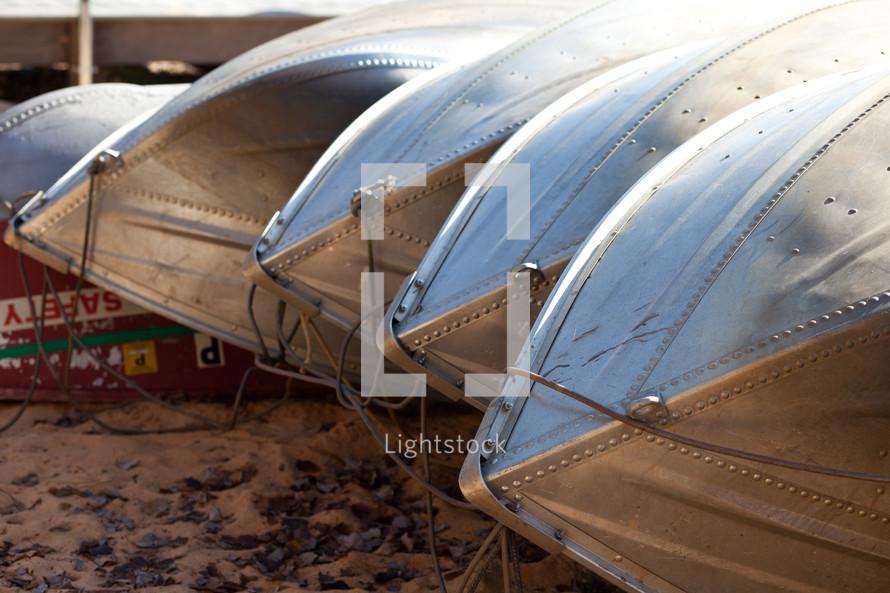 Aluminum canoe bottoms