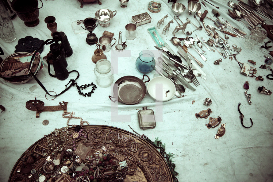 table over jewelry - trophies - trinklets, market place, treasures