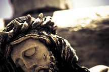 Statue of Jesus with crown of thorns