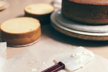 spatula and cake