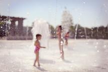 children at a splash pad