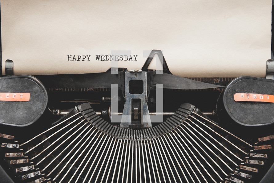 Happy Wednesday and a vintage typewriter