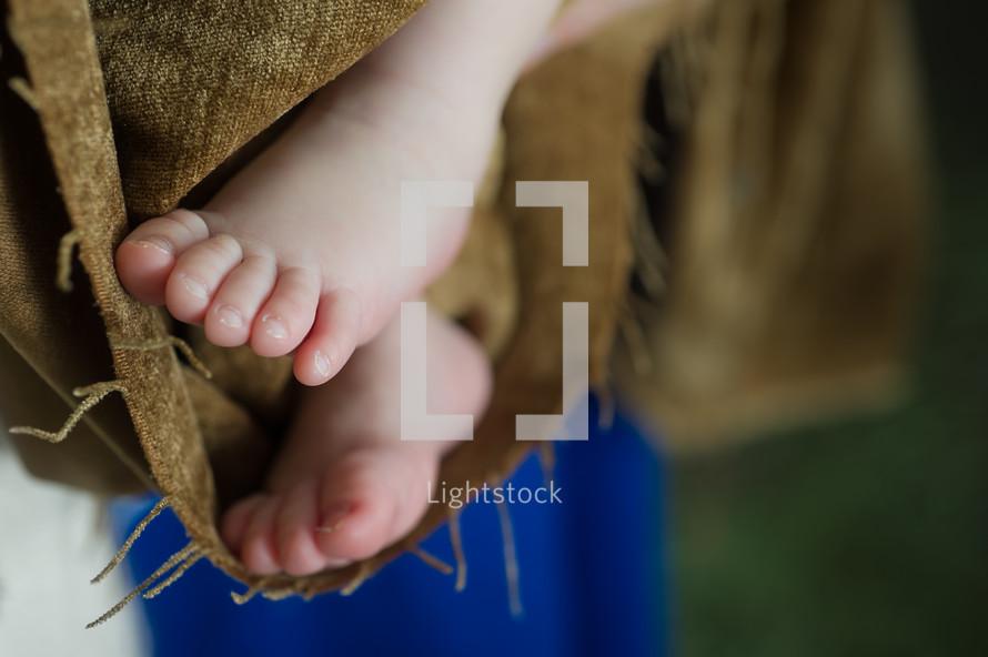 feet of baby Jesus