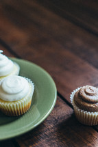 cupcakes on a plate