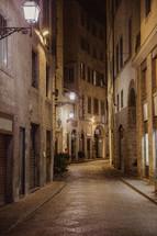narrow streets in Italy at night