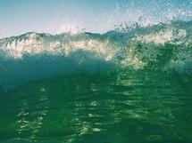 A crashing wave