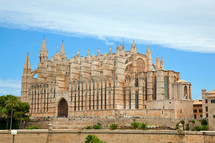 Side view of Palma de Majorca Cathedral, Balearic Islands, Spain