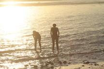 walking in the ocean looking
