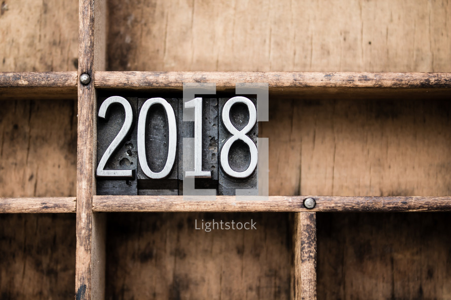 2018 blocks on bookshelf