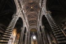 striped columns of Duomo di Siena Cathedral