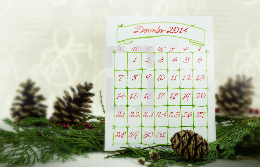 December 2014 Calendar and pine cones and pine