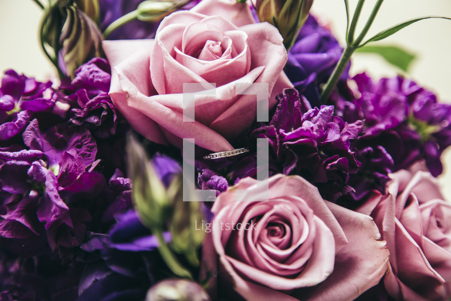 A bouquet of pink and purple flowers.