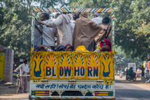 people on a crowded truck in Mandawa, India