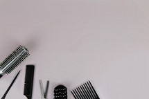 hairbrushes and combs