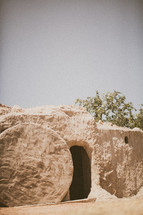 Resurrection of Jesus - empty tomb