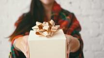 handing gifts