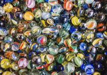 a close up of many marbles