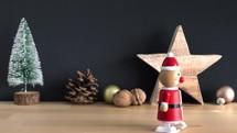 wind-up toy Santa