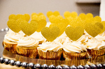 cupcake with gold hearts
