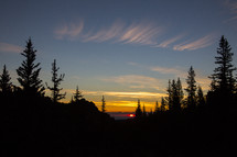 sunset in the horizon in Lost Creek Wilderness