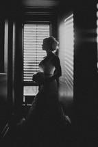 The side profile of a bride