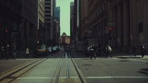 People crossing a street in a city | Urban Life | San Francisco | Cars