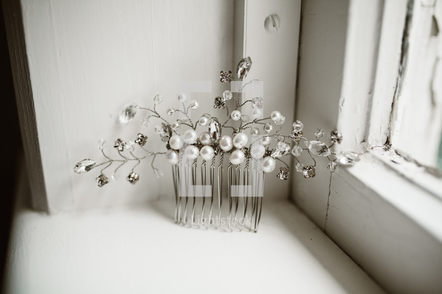 pearl and silver hair clip for a bride at a wedding