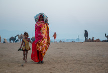 woman and girl in colorful clothing in India